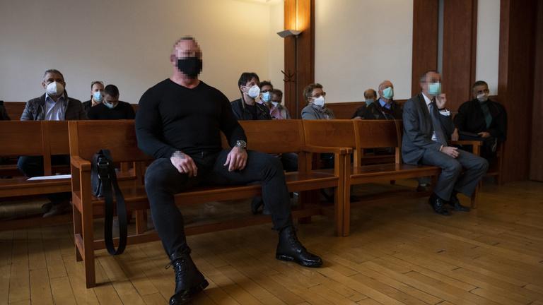 Eltiltották, de jogsi nélkül is vezet a Dózsa György úti gázoló
