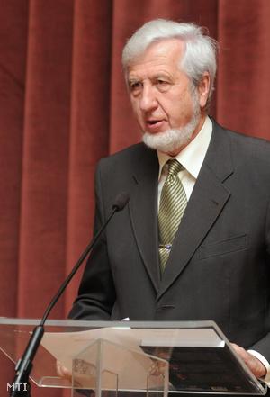 Jeszenszky Géza a helyünk a világban konferencián, 2009-ben