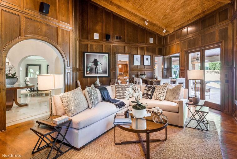Chris Pratt és a volt felesége, Anna Faris akkor dobták  az ingatlanpiacra közös otthonukat, miután véglegesítették a válásukat, 2018-ban