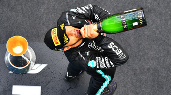 Hamilton megsemmisített egy újabb Formula–1-es mítoszt