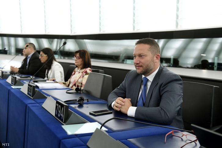 Ujhelyi István MSZP-s képviselõ az Európai Parlament (EP) plenáris ülésén Strasbourgban