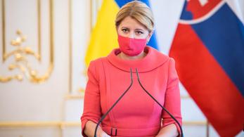 A szlovák elnök szerint fel kell függeszteni a jogsértő tagállamok EU-s pénzeinek kifizetését