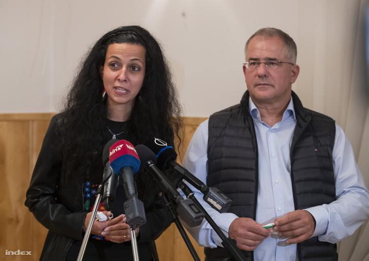 Koncz Zsófia és Kósa Lajos a megnyert választás után nyilatkozik 2020. október 11-én