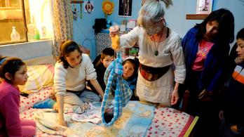 Otthonszüléssel védekeznek a vírus ellen Bolíviában