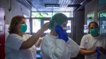 Káoszba fullad az orvosok átvezénylése, sokakat megrémít a katonai utasításos rendszer