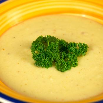 Selymes karfiolkrémleves cheddar sajttal - Nem kell utána második fogás