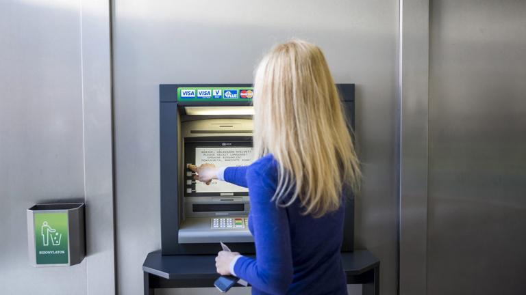 Óriási a magyar ATM-ek étvágya