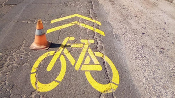 Nyomoz a rendőrség a 166 millió forintért épített 781 méteres kerékpárút ügyében