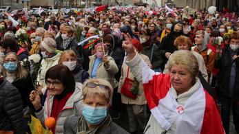 Többtucatnyi embert vettek őrizetbe a minszki nyugdíjastüntetésen