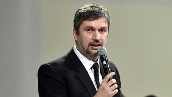 Ellenzéki pártok: Hadházy megnyugodva távozott Bíró László otthonából