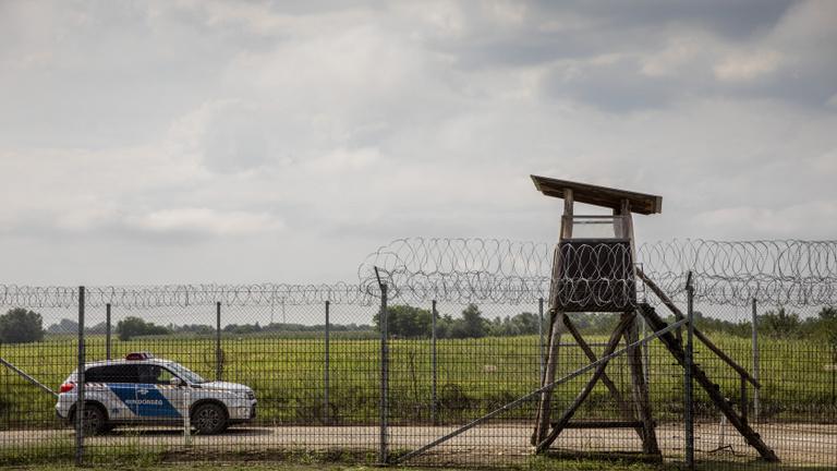 Titokban épült meg a magyar határzár egyik föld alatti szakasza