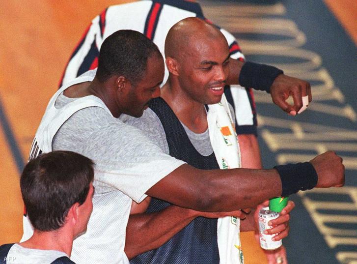 John Stockton (balra), Karl Malone és Charles Barkley sem tudott bajnok lenni az NBA-ben