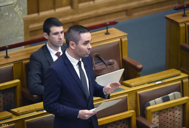 Stummer János a Jobbik képviselõje