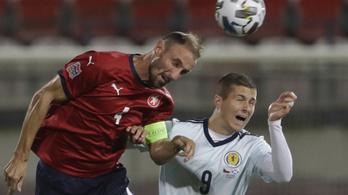 Felfüggesztették a cseh labdarúgó-bajnokság küzdelmeit