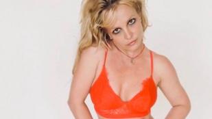 Britney Spears új, melltartós fotója inkább aggasztó lett, mint szexi
