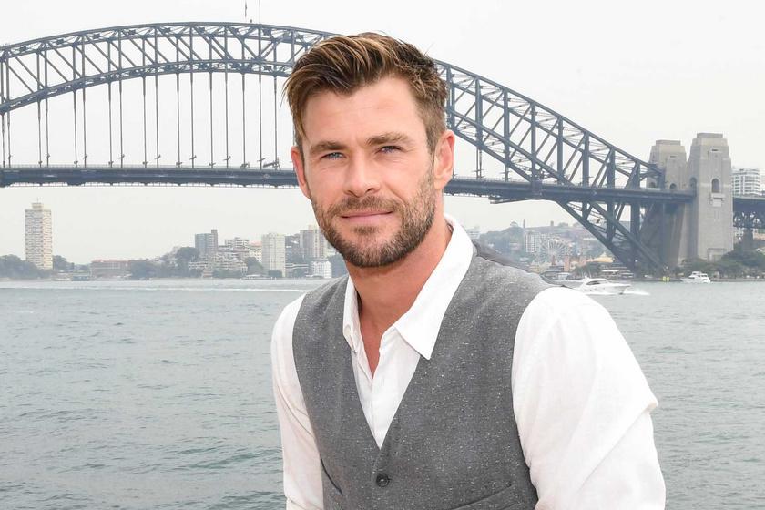 60 éves, de 30-nak néz ki: Chris Hemsworth édesanyját mindenki a nővérének nézi