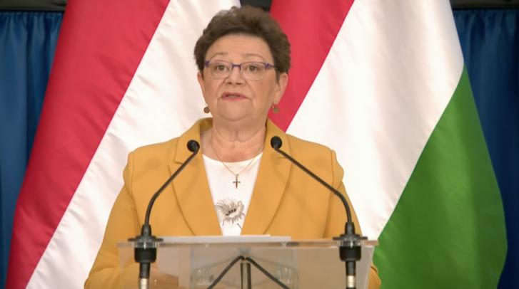 Müller Cecília az operatív törzs szerdai sajtótájékoztatóján