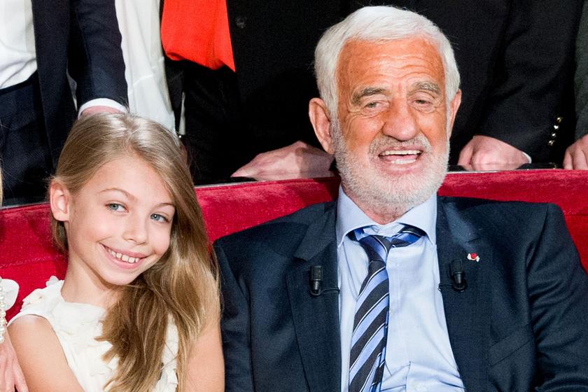 Jean-Paul Belmondo 17 éves lánya bikiniben pózolt: ámulunk Stella szépségén
