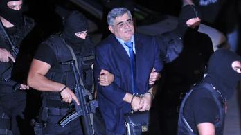 Tizenhárom év börtönre ítélték a görög radikális jobboldali párt vezetőit