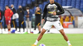 C. Ronaldo egymaga többet keres, mint egy olasz klub összes játékosa