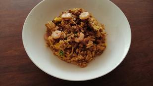 Változatok könnyű vacsorára level zsillió: sült rizs tojással és garnélával
