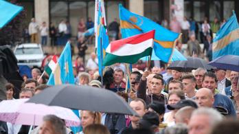 Ugyanazt vallják a családról és a nemi szerepekről az erdélyi magyarok, mint a román többség