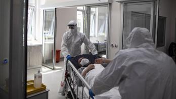 Több mint negyvenezer egészségügyi dolgozó fertőződött meg Törökországban