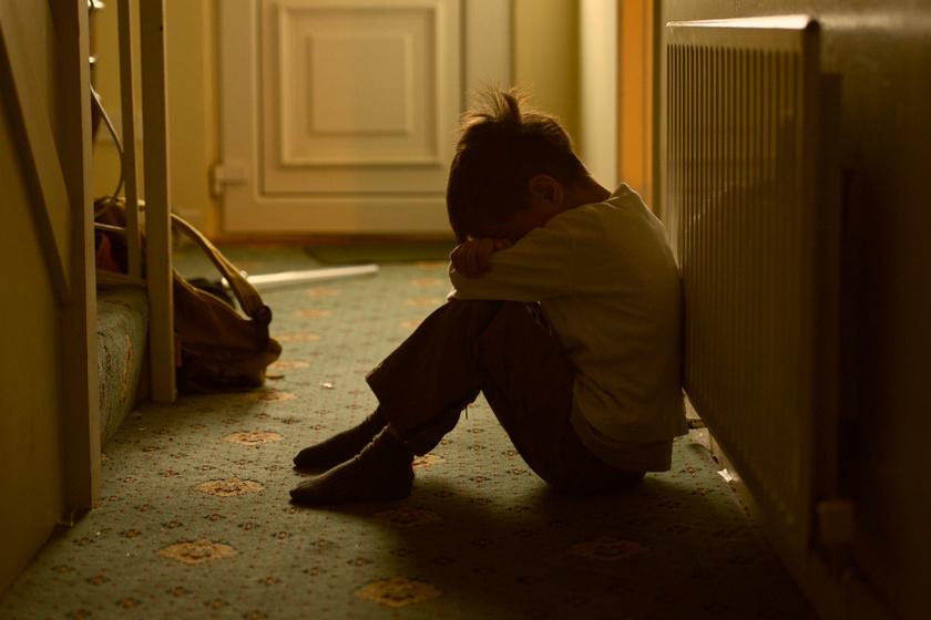 Mit tesz a gyermek lelkével, ha megütik? A pszichológusok sorra vették, miért ártalmas