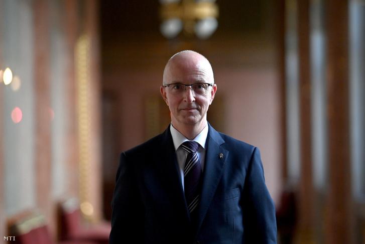 Varga Zsolt András, a Kúria elnökjelöltje bizottsági meghallgatása után a Parlamentben 2020. október 8-án