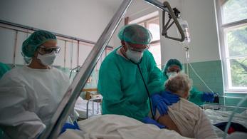 Már több koronavírusos beteget ápolnak a balassagyarmati kórházban, mint az első hullámban 3 hónap alatt