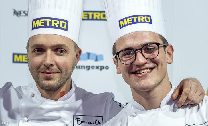 Veres István séf (jobbra) és Molnár Bence commis, a Bábel Budapest étterem munkatársai a Bocuse d'Or magyar döntőjének eredményhirdetésén 2020. február 5-én