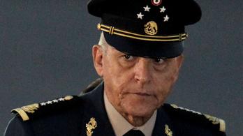 Őrizetbe vették az amerikaiak Mexikó korábbi védelmi miniszterét
