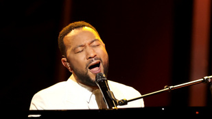 John Legend Chrissy Teigennek: