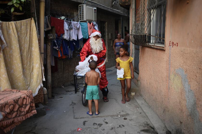 Ilyen a karácsony a világ legszegényebb részén: így telik az ünnep a brazil favellákban