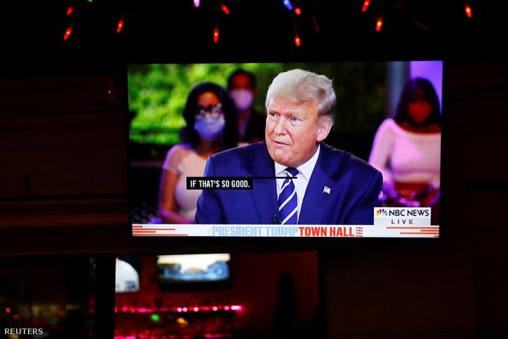 Donald Trump az NBC televízió műsorában 2020. október 15-én.