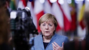 Angela Merkel: Minden európai uniós tagországnak komolyan kell vennie a járvány hatásait