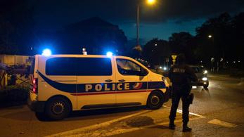 Emmanuel Macron: iszlamista terrorista merénylet volt a tanár lefejezése