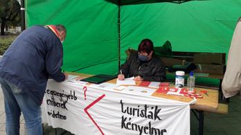 Civilek mondanak nemet a rövid távú lakáskiadásra Budapesten