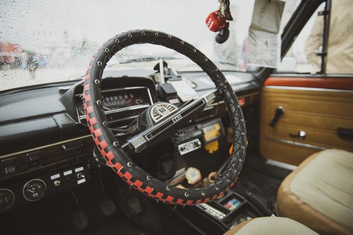 Lada 50 2