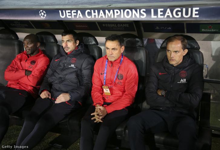 A PSG edző csapata, balról a második Lőw Zsolt.