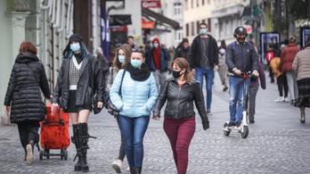 Szlovénia: ötből egy ember igazoltan vírushordozó