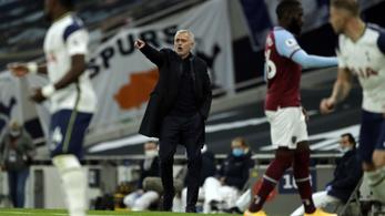 Mourinhóéknak háromgólos előny sem volt elég a városi rivális ellen