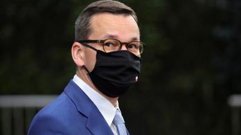 Elhagyhatta a karantént a lengyel miniszterelnök