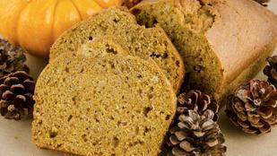 Ezt a sütőtökös kenyeret imádni fogod a reggeli tejeskávéd mellett