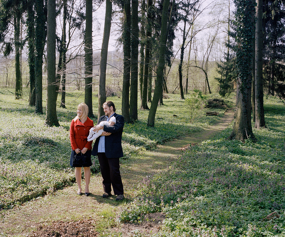 május 08. Anyu és Apu lenyírták a füvet, de nem lett meg a slusszkulcs.