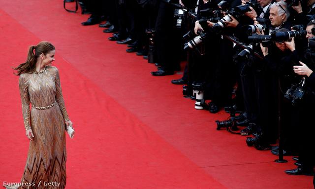 Palvin Barbara a 2012-es Cannes-i filmfesztivál egyik vetítésén a vörös szőnyegen