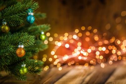 karácsonyfaf nyitó