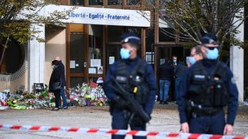 A lefejezett francia tanár iskolájának négy tanulóját is őrizetbe vették