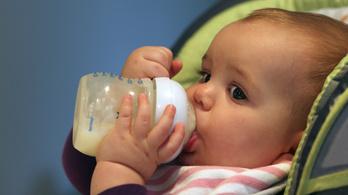 Naponta egymillió mikroműanyagot nyelhet le egy átlagos egyéves