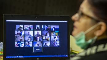 Koronavírusos egy balatonboglári tanár, azonnal bevezették a digitális oktatást